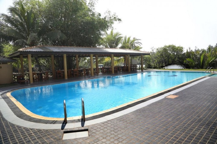 KUMUDU VALLEY RESORT